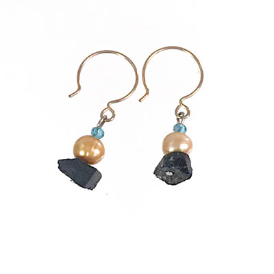 Black Quartz and Pearl Earring